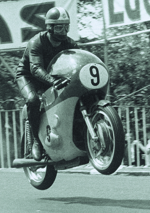 1967_Road Racing_GP500_Agostini Giacomo_ITA_Tourist Trophy_ circuit of Isle of Man_UK_MV Agusta_World Champion