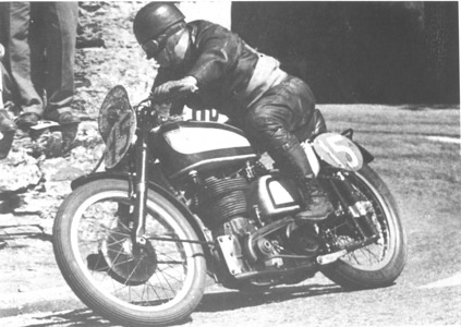 1949_GP500_Daniell Harold_UK_Norton_Tourist Trophy_Isle of Man_Race winner